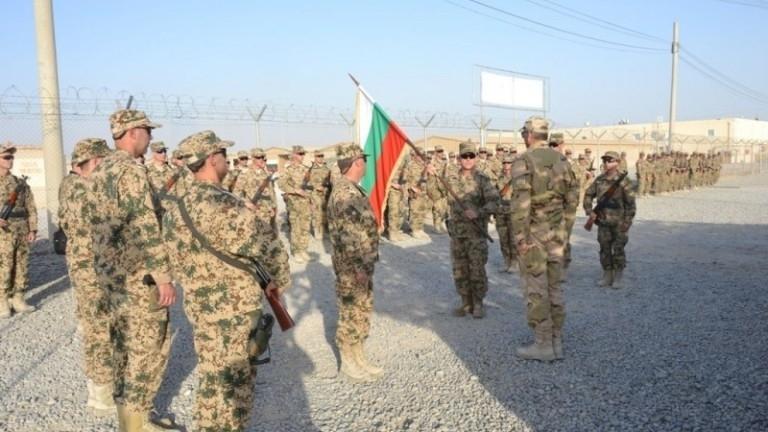 Международната база на летище Кандахар, Афганистан, е била подложена на