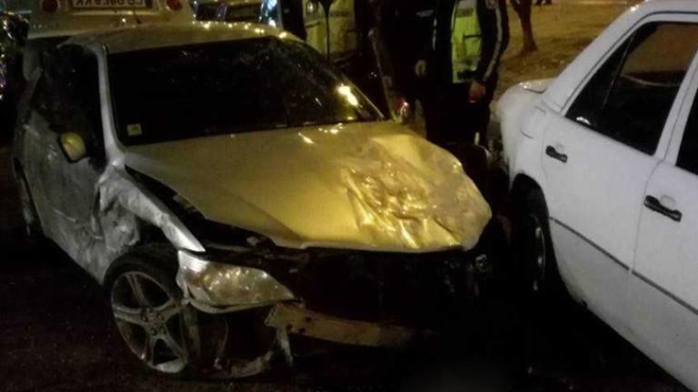 Дрогиран шофьор се озова в полицейския арест, след като самокатастрофира