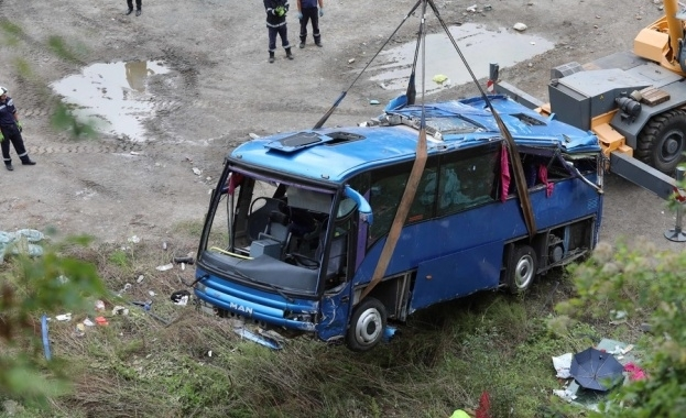 Скандал с обезщетенията за загиналите при катастрофата край Своге. По