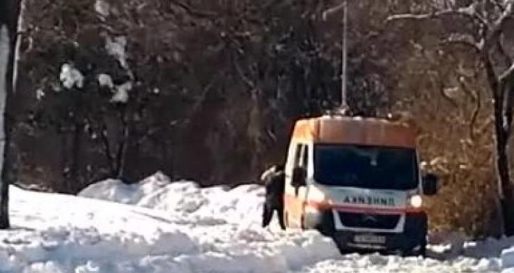 """Труп на възрастен мъж е открит на улица """"Даме Груев"""""""