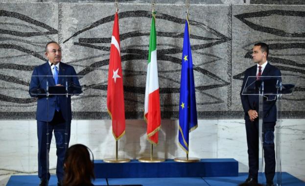 Турция преустанови сделката за закупуване на хеликоптери от италианската компания