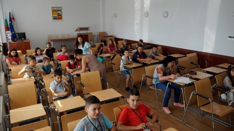 Детска полицейска академия – Мездра започна своето лятно обучение по