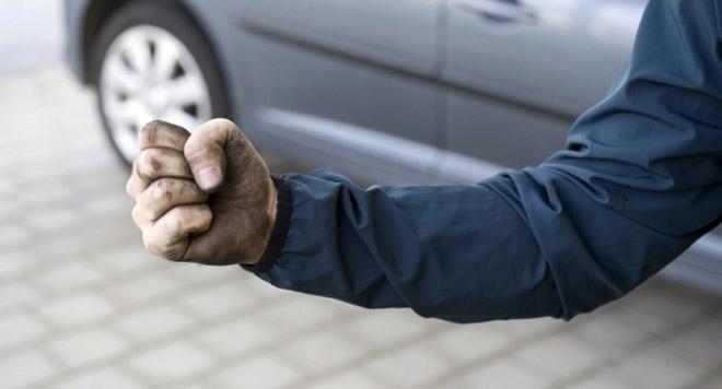 Призовкар от Софийски градски съд е бил пребит по време