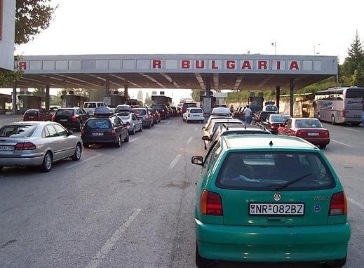 7-8 -километрова е опашката от автомобили на българо-гръцката граница на