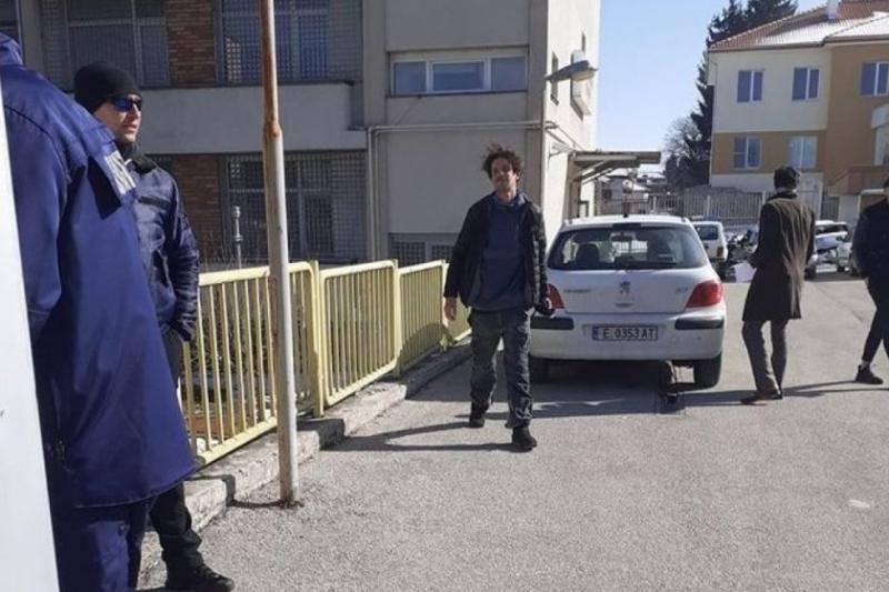 Отложиха делото срещу пияния и надрусан Явор Бахаров
