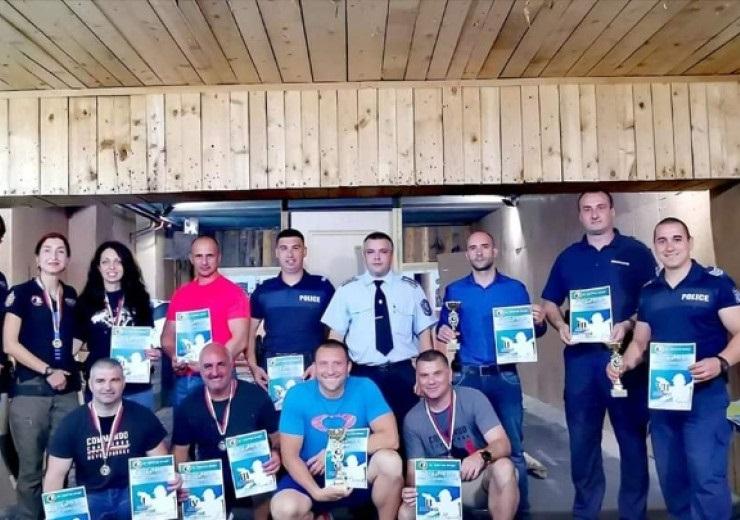 Със спортни турнири полицаите от Врачанско отбелязаха професионалния си празник,
