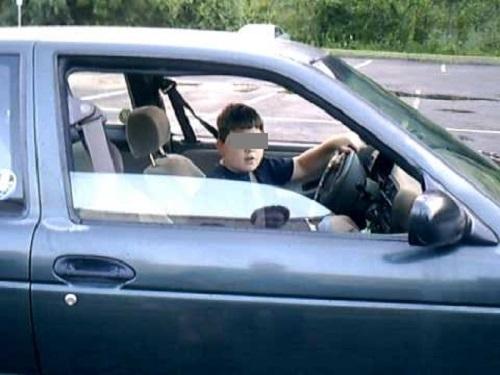 Полицаи са хванали поредните шофьори без книжки във Врачанско, сред