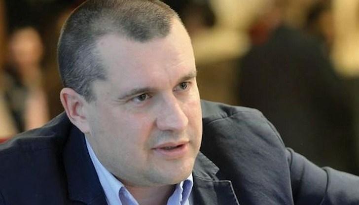 Президентът Румен Радев подписа днес указ, с който освободи по
