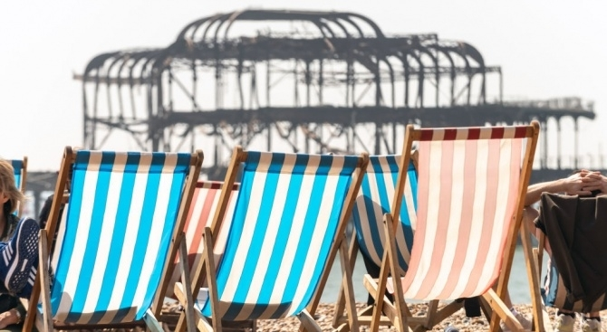 Франция се готви за гореща вълна с температури над 40