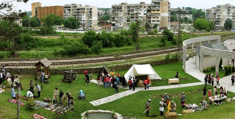 """Средновековните традиции, бит и култура оживяват в Шестия фестивал """"Калето - Мездра 2020"""""""