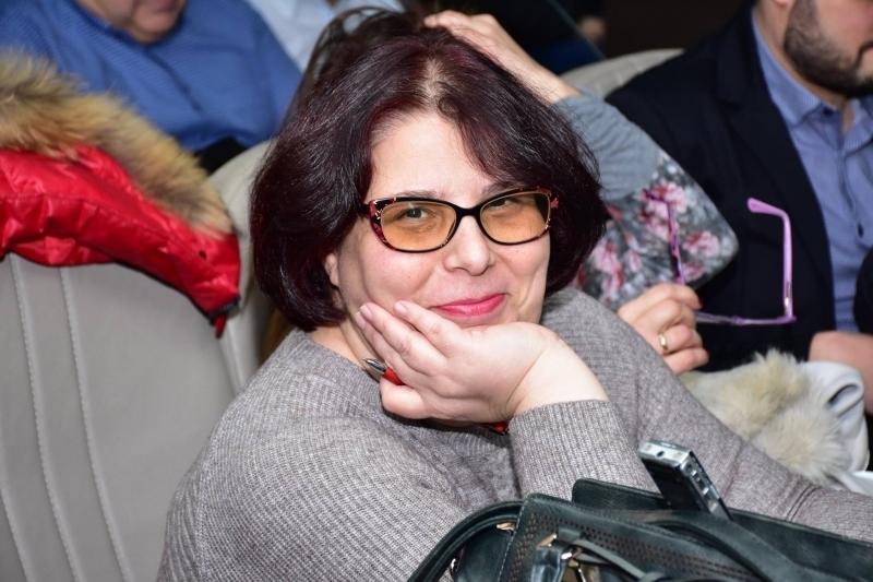 Прясно назначеният пиар на врачанския Окръжен съд Даниела Хитова започна