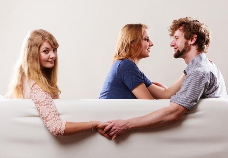 В една връзка, винаги и двамата души са виновни за