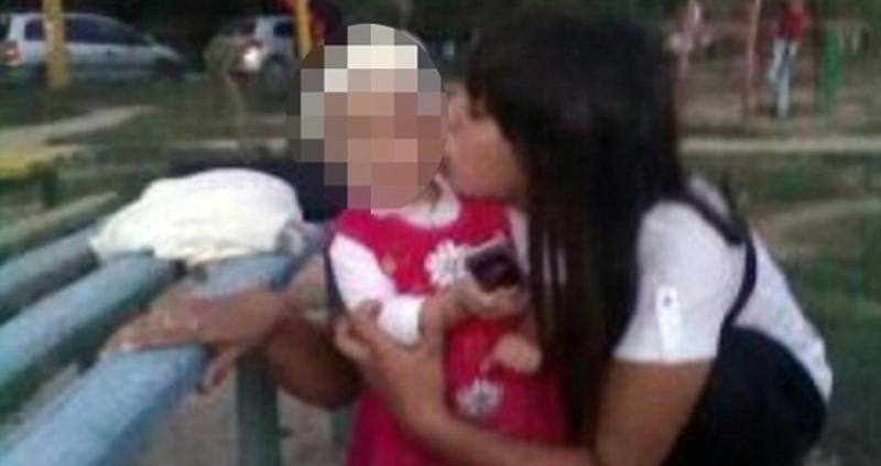 42-годишен мъж нападна бебенце, отряза му главата и хукна да