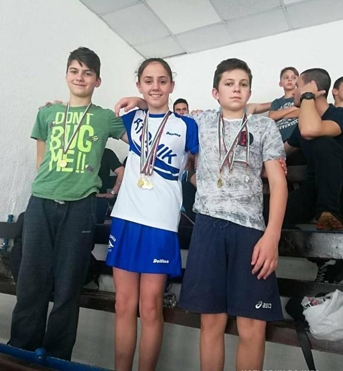 """Цял куп със златни медали спечелиха плувците от ПК """"Атомик""""/Козлодуй/"""