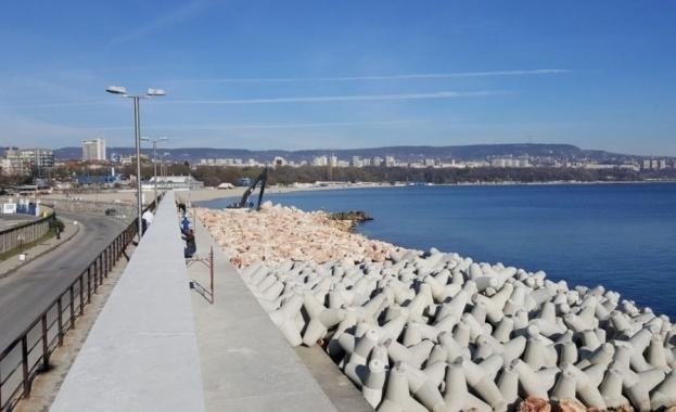 След проверка на експерти от Морска администрация-Варна, 11 обекта по