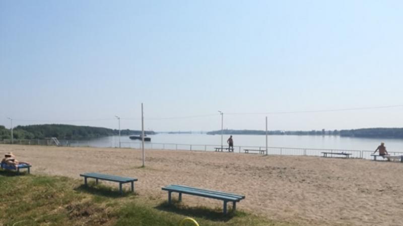 Продължава облагородяването на градския плаж във Видин. До момента е