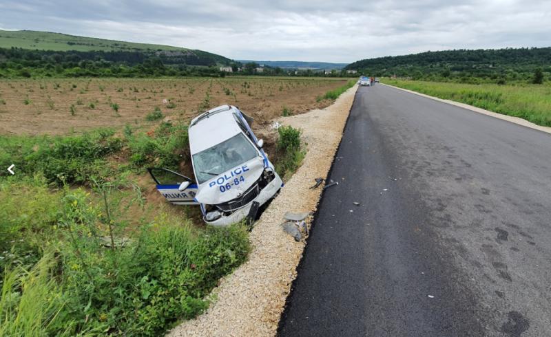 Tрима души са пострадали при зверската катастрофа с джип и