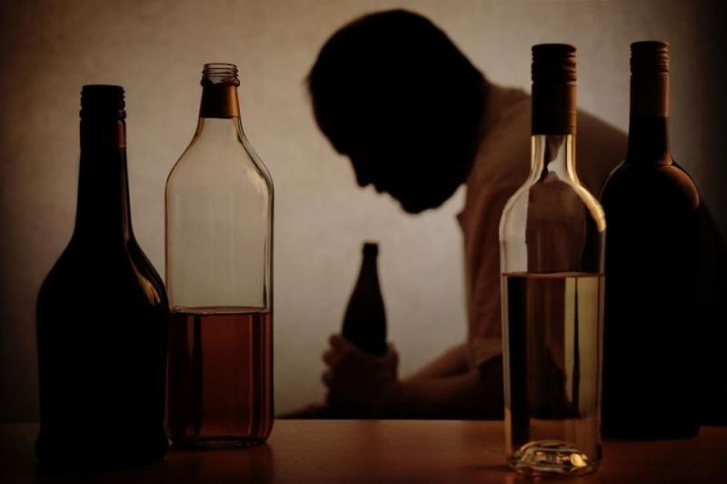 Заклетите алкохолици, посветили се на чашката в продължение на десетилетия