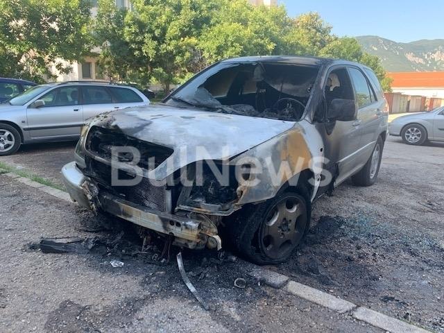 Врачанската районна прокуратура подхвана палежа на лекия автомобил на червения