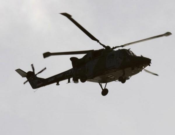 Четирима души загинаха при падането на малък хеликоптер върху завод