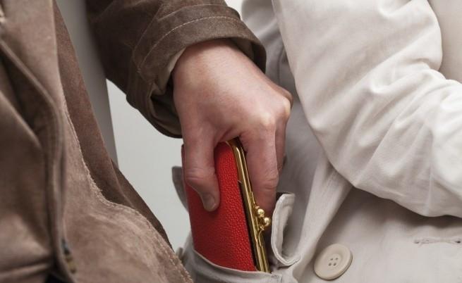 Крадец е задигнал портмоне във Врачанско, хванали са го, съобщиха
