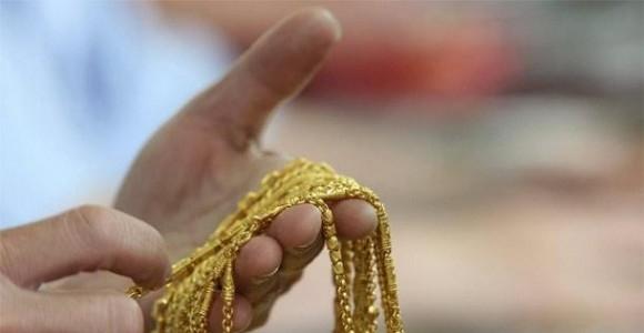 Крадци са отмъкнали злато от мъж, празнувал годеж в Лом,