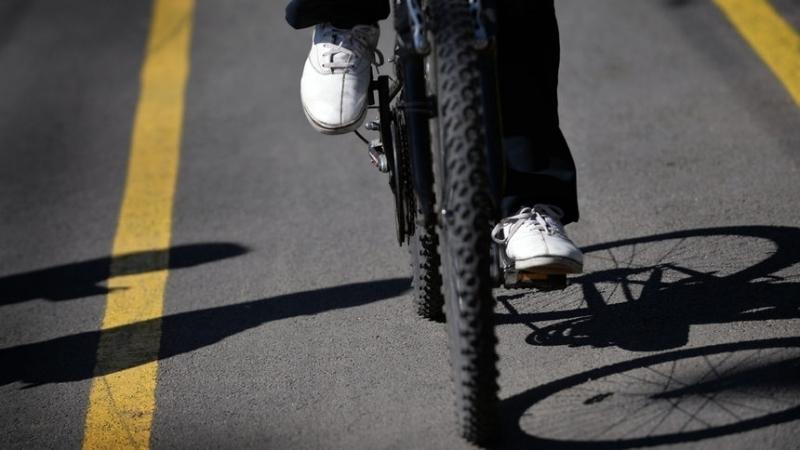 Хлапак с дебело досие задигна колело във Враца