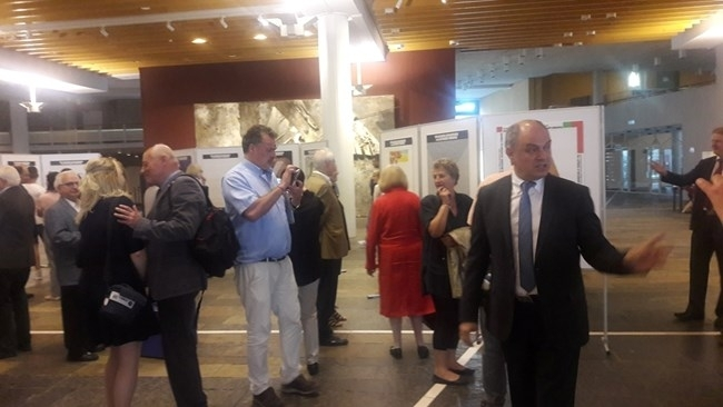 Изложба на българската азбука бе открита в градската библиотека в