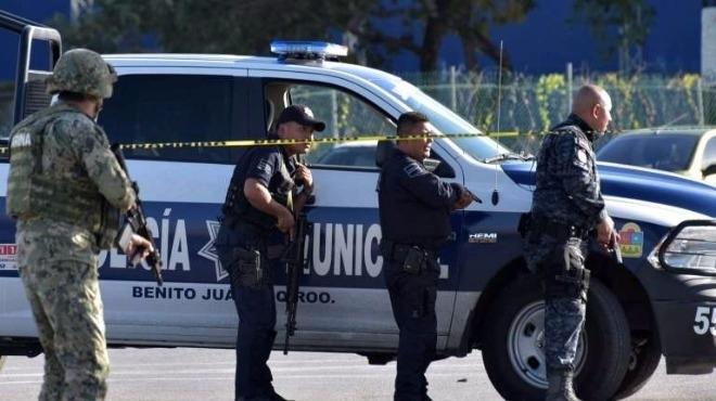 Разположиха армейски части след убийството на полицаи от засада, съобщи
