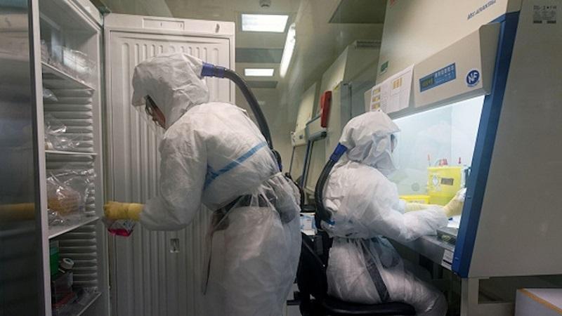 """Двама пациенти са настанени за лечение в болница с """"Делта"""""""