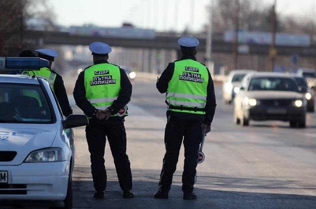 Снимка: Полицията спипа нарушители на пътя в Берковица