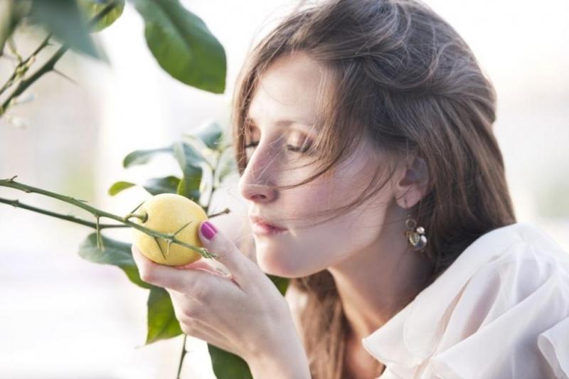 Миризмата на лимон кара човек да се почувства по-слаб, докато