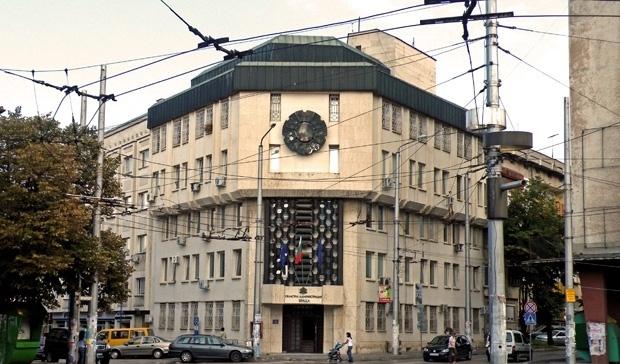 COVID-19 влезе в Областната администрация във Враца, научи първо агенция