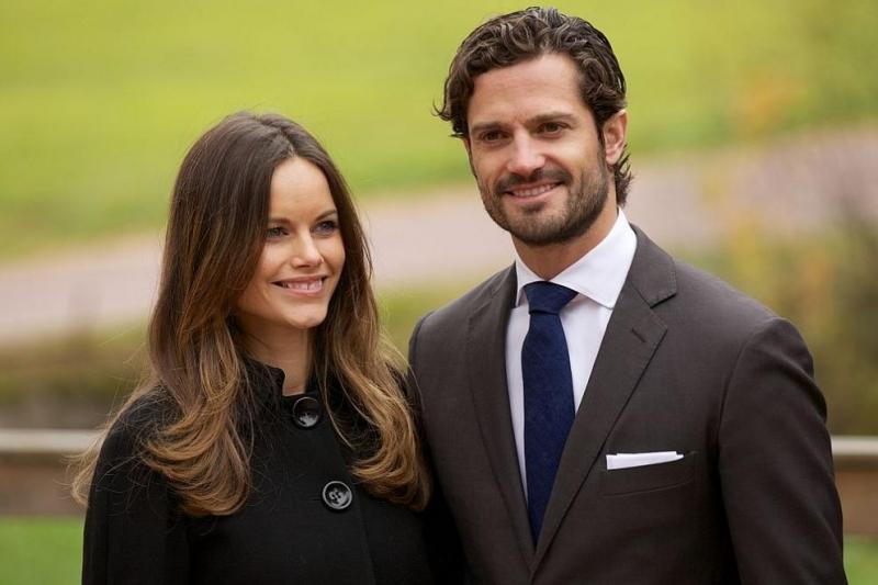 Шведският принц Карл Филип и съпругата му принцеса София получиха