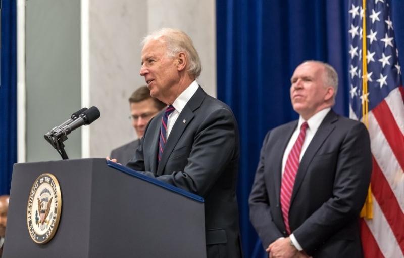 Джо Байдън избира нов директор на ЦРУ