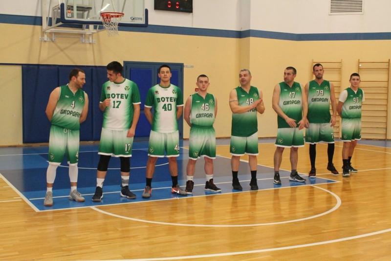 "Две победи и една загуба за трите отбора на ""Ботев 2012"" /Враца/"