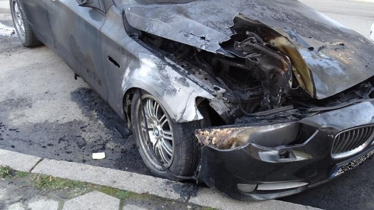 Полицията във Видин разследва случай с изгоряло БМВ, съобщиха от