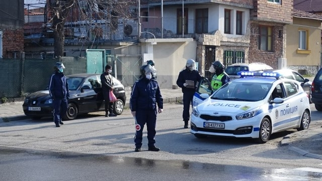 Врачанската полиция изпоти от проверки десетки нарушители на пътя