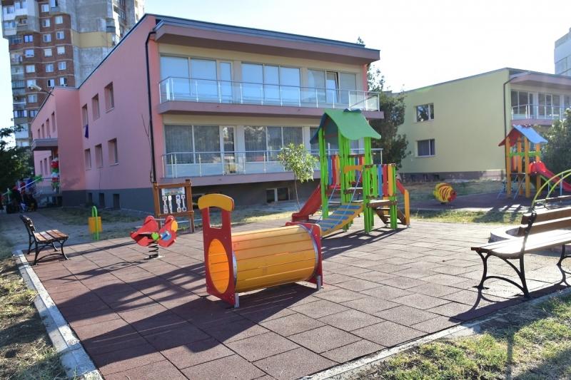 Изследваха персонала на още една детска градина във Враца за коронавирус