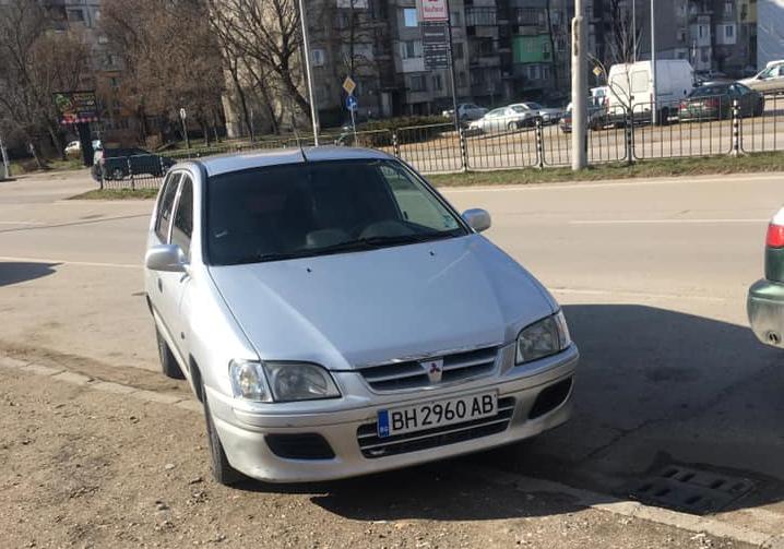 Нелепото паркиране във Видин е неизменна част от града, а