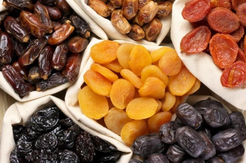 Диетолози съветват кои са най-здравословните сушени плодове, информира РИА Новости.