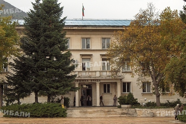 Чиновници масово напускат община Враца