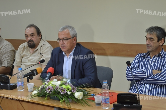Николай Иванов влезе официално в битката за втори кметски мандат