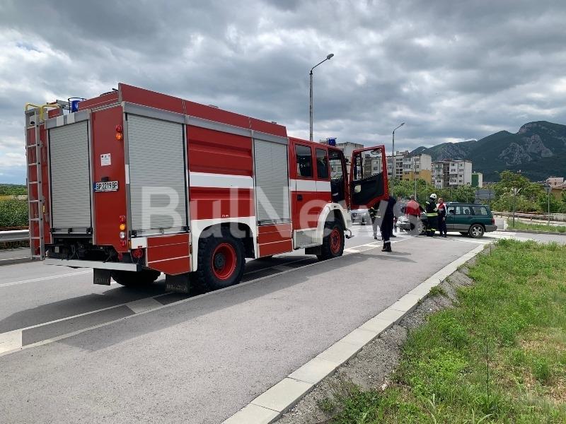 Огнен инцидент е станал преди минути във Враца, видя първо