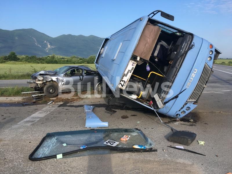 Зверска катастрофа е станала преди минути на обхода на Враца,