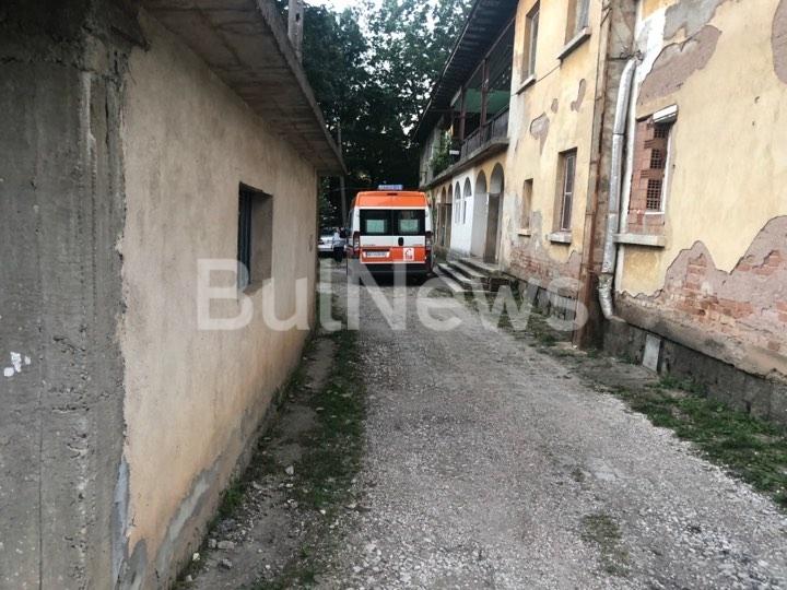 Тежък битов инцидент е станал преди минути във Враца, видя