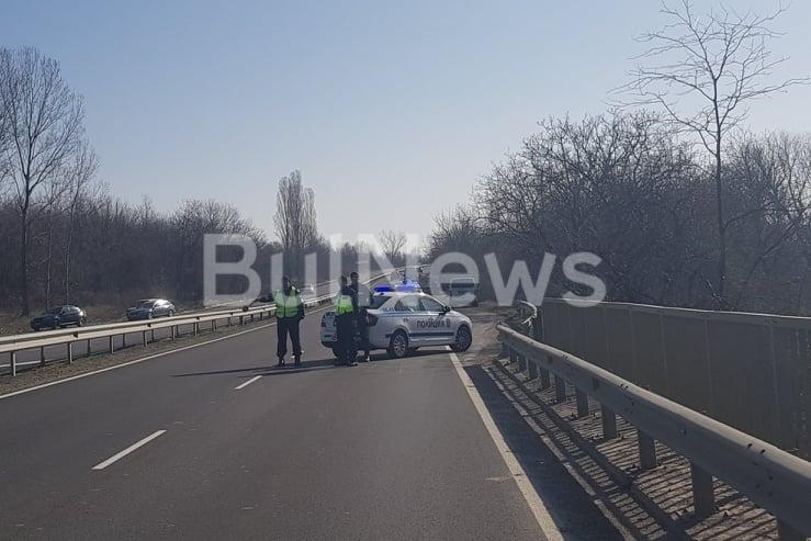 Служител на АПИ е загинал при жестока катастрофа край Враца,