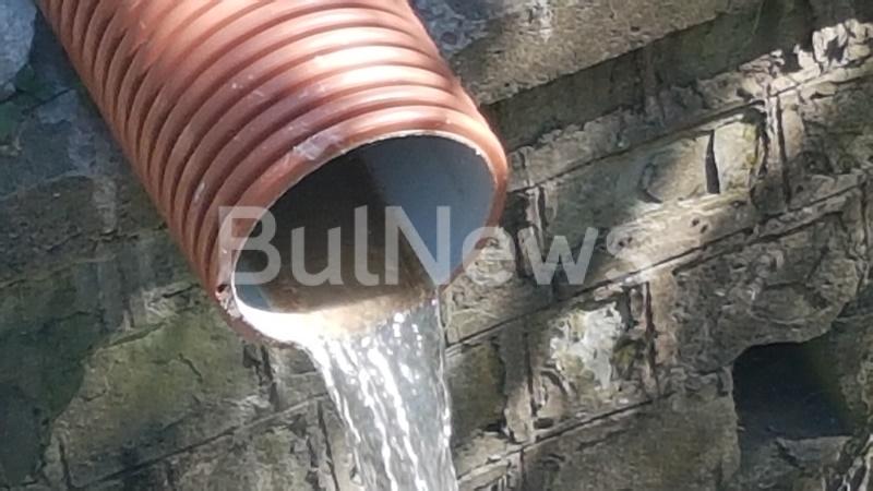 Eксперти от Регионалната инспекция по околната среда и водите провериха