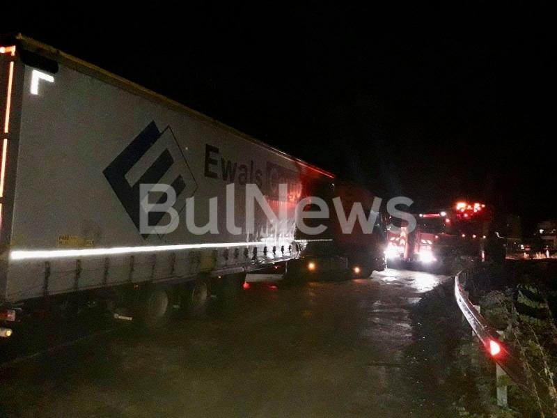 Румънски ТИР катастрофира на главен път Е-79 между Видин и