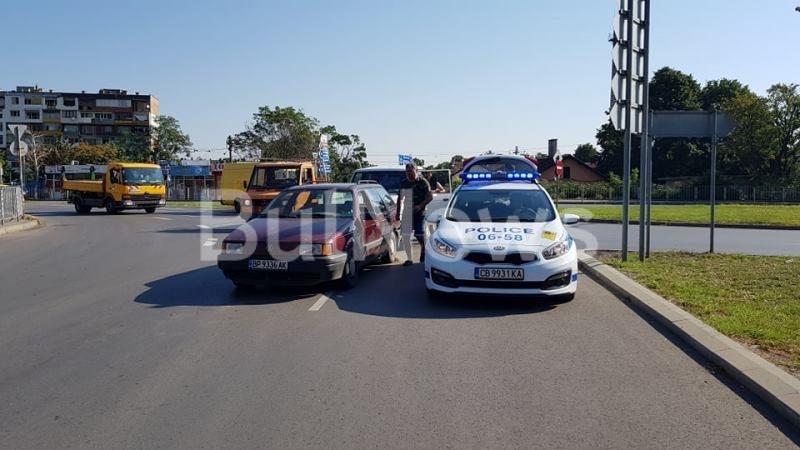 Пътен инцидент е станал преди минути на възлов булевард във